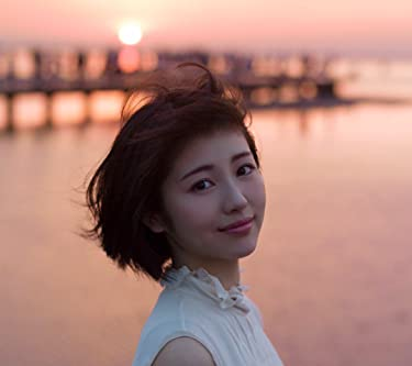 浜辺美波  iPhone/Androidスマホ壁紙(1080×960)-1 - 写真集 voyage 夕日を背に
