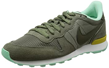 Internationalist: Iron Green