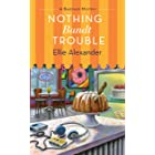 Nothing Bundt Trouble: A Bakeshop Mystery (English Edition)
