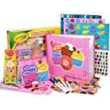 Crayola Scrapbook Activity Craft Kit, Mess Free Journal Set for Kids, Drawing Art Supplies Included Scrapbook, Pattern Sheets