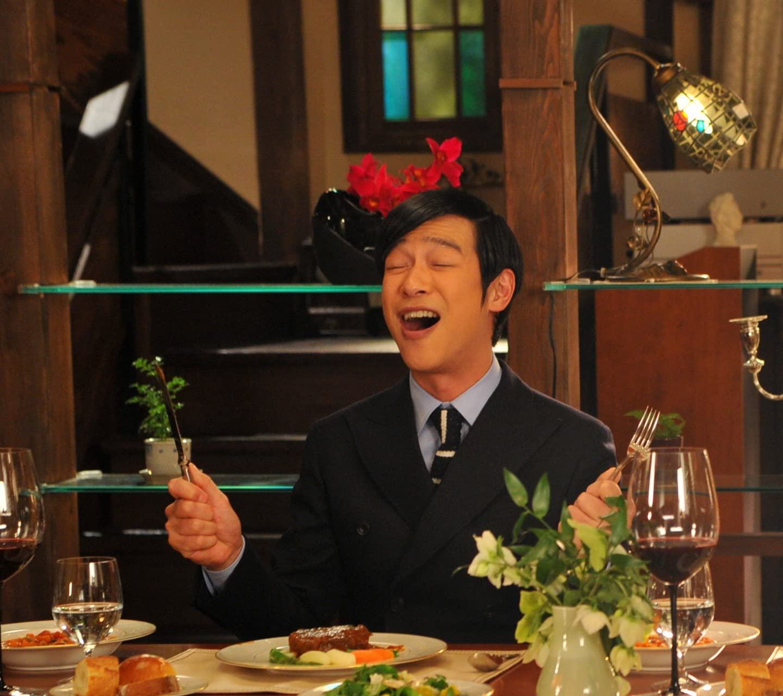 堺雅人 食事中の古御門 HD(1440×1280)スマホ 壁紙・待ち受け