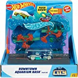 Hot Wheels FMY99 City Downtown Aquarium Bashplay Set