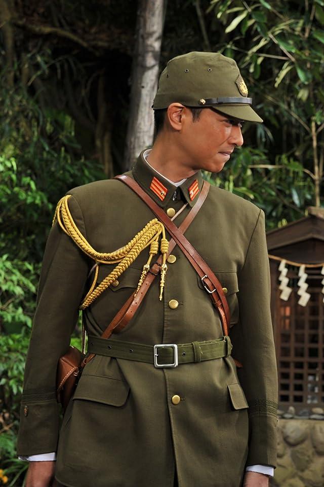 軍服姿のかっこいい堺雅人