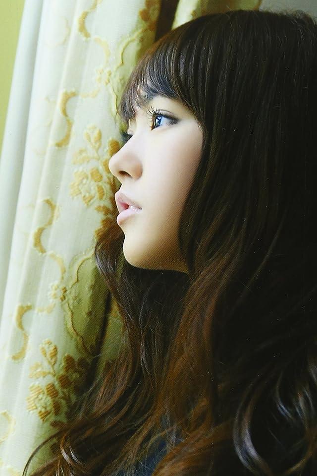 横顔の桐谷美玲の高画質な画像の壁紙