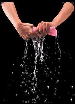 PVAスポンジだから驚異的な吸水性